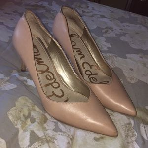Lighly Worn Nude Heels